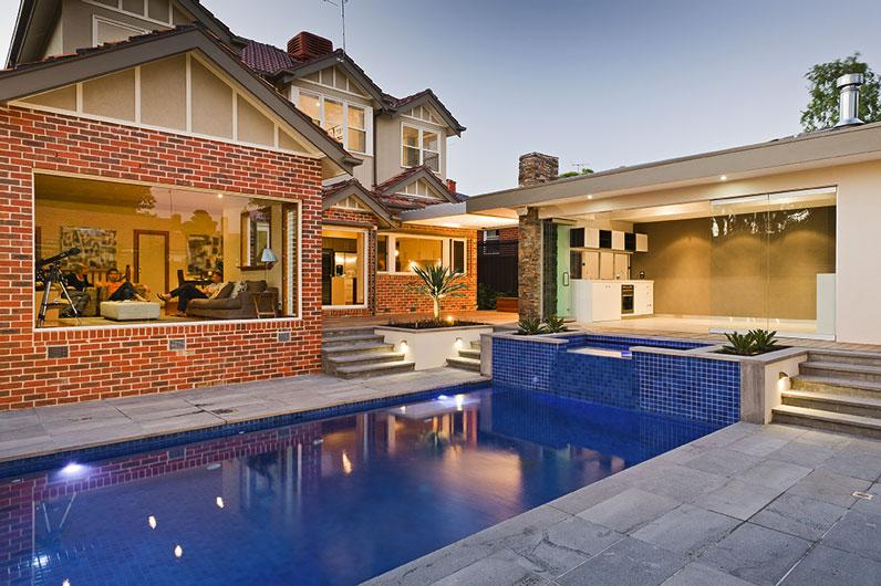 บ้านสวยๆจากอิฐมอฐและอิฐแดง